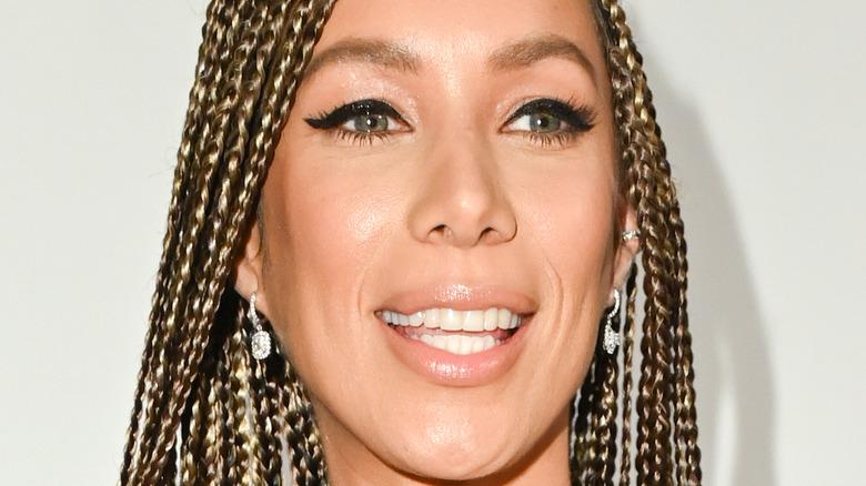 Leona Lewis smiled in black