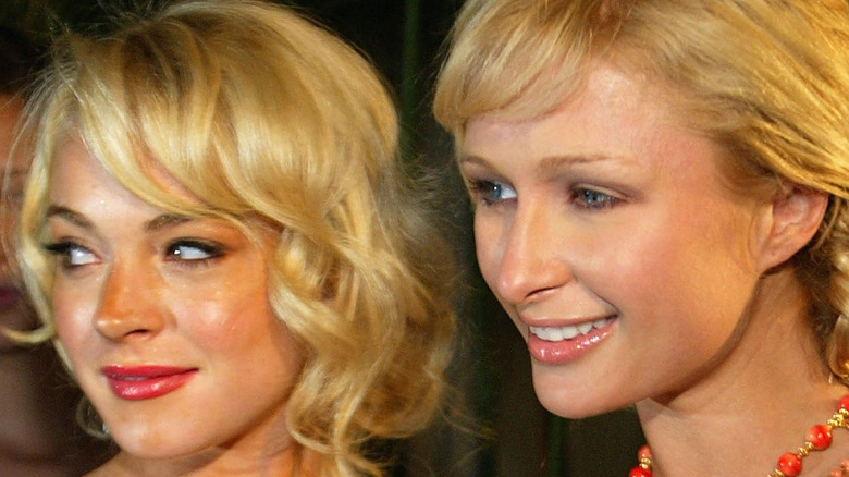 Paris Hilton and Lindsay Lohan pose for a picture