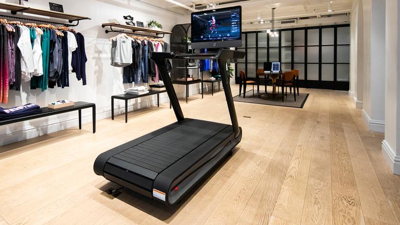 Peloton treadmill at show