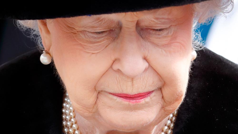 Queen Elizabeth looking somber