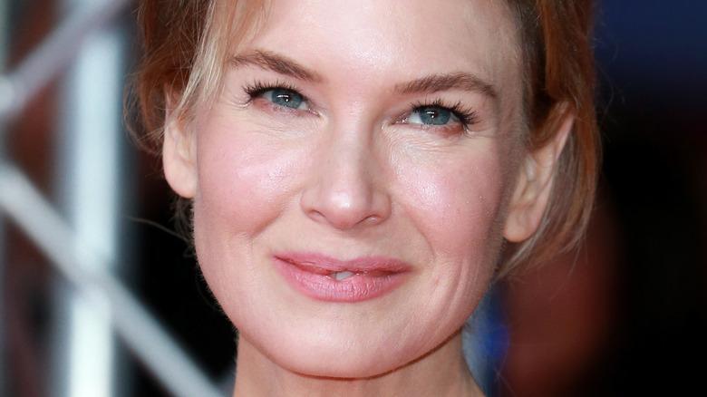 Renée Zellweger smiles