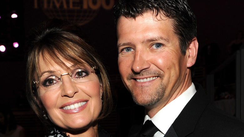 Todd and Sarah Palin at event