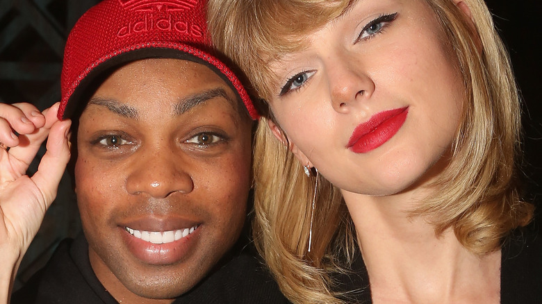 Taylor Swift and Todrick Hall posing