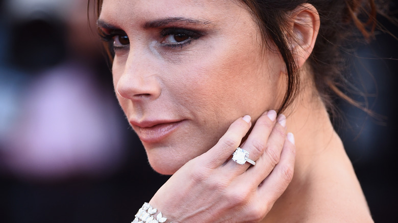 Victoria Beckham engagement ring 2016