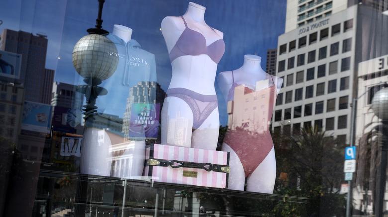 Victoria's Secret mannequins in window