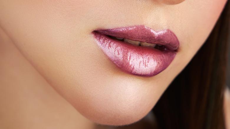 shimmery lips