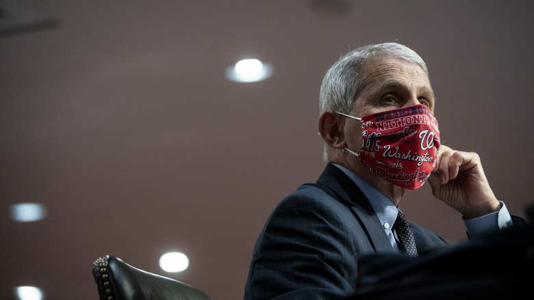 Dr Anthony Fauci in a mask