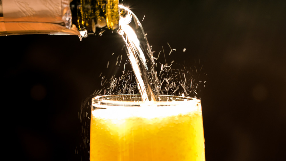 Mimosa pouring