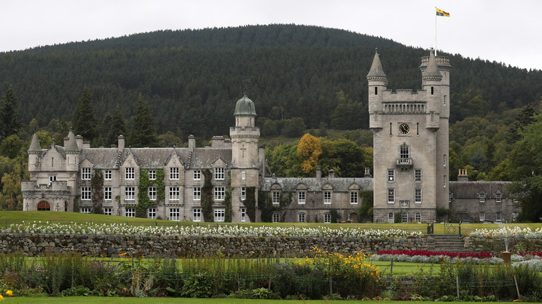 Front view of Balmoral Castle