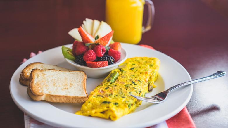 eggs and fruit for breakfast