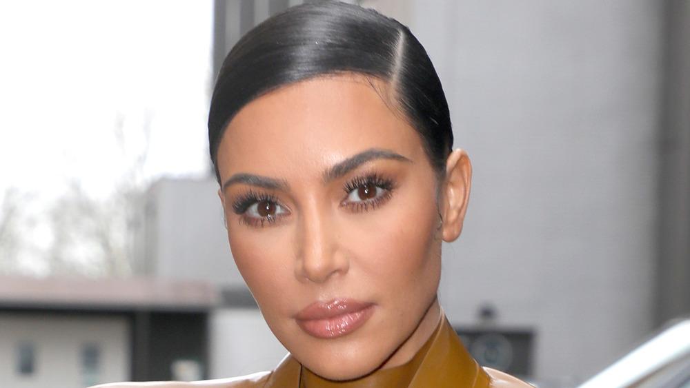 Kim Kardashian wearing pink lipstick
