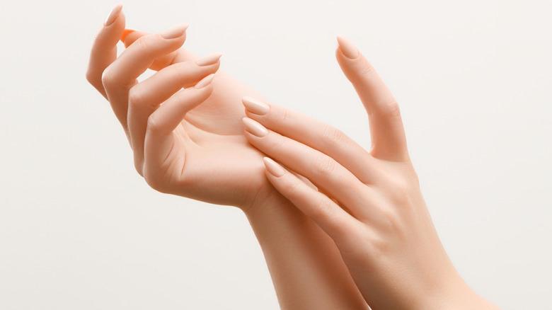 woman hands fingernails