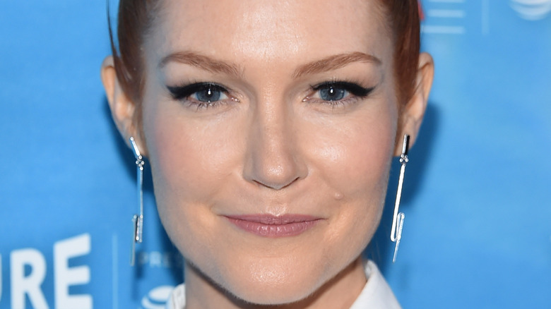 Darby Stanchfield on red carpet, 2017