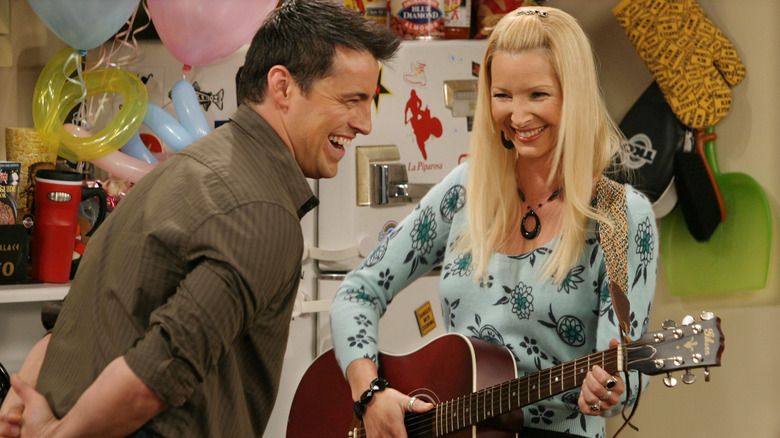 Lisa Kudrow and Matt LeBlanc on 'Friends'
