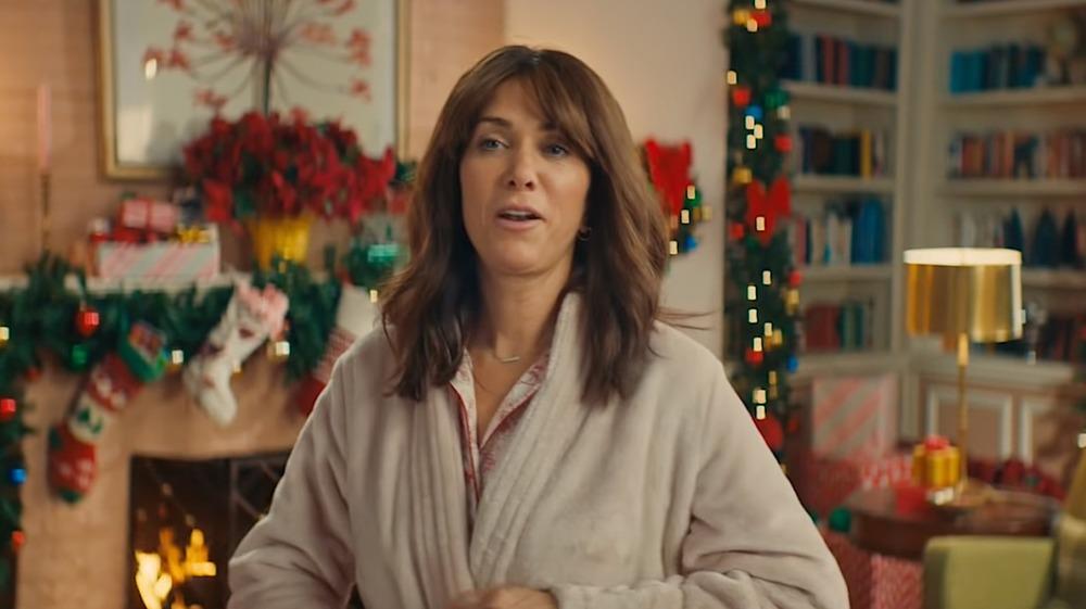 Kristin Wiig in a robe