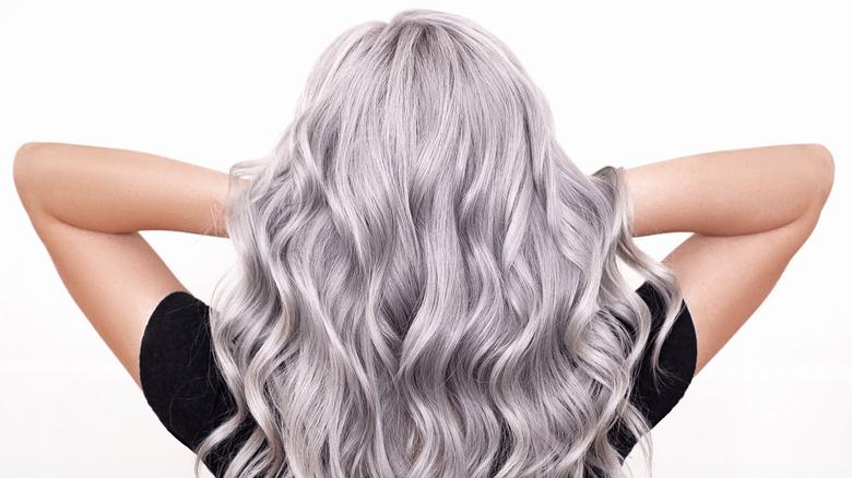 Silver wavy hair