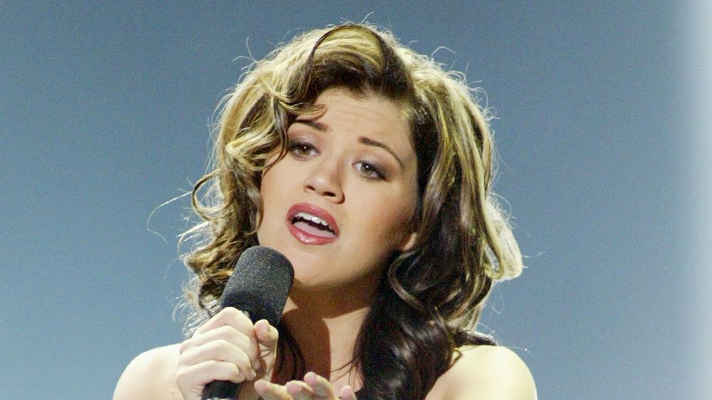 Kelly Clarkson on American Idol in 2002