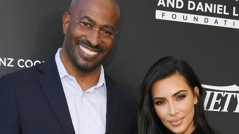 Van Jones and Kim Kardashian pose together on the red carpet