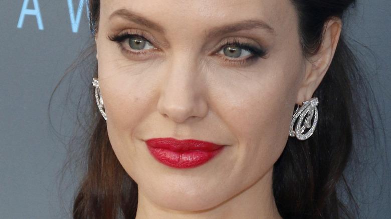 Angelina Jolie wearing makeup