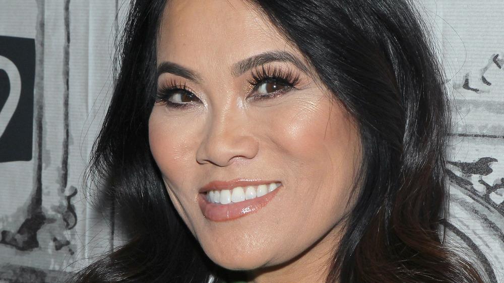 Dr. Pimple Popper closeup
