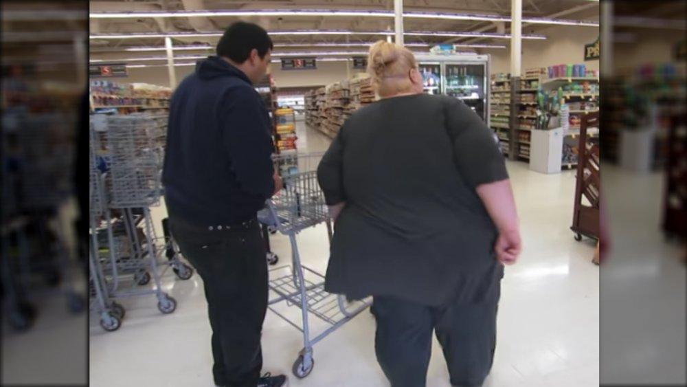 Tiffany Barker at 600 lbs shopping