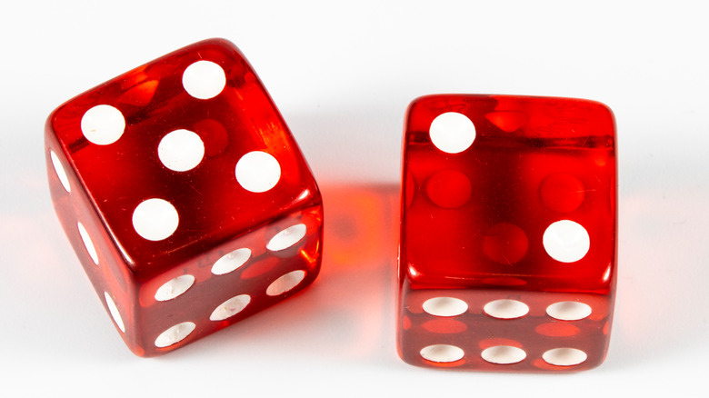 Dice game with number 7