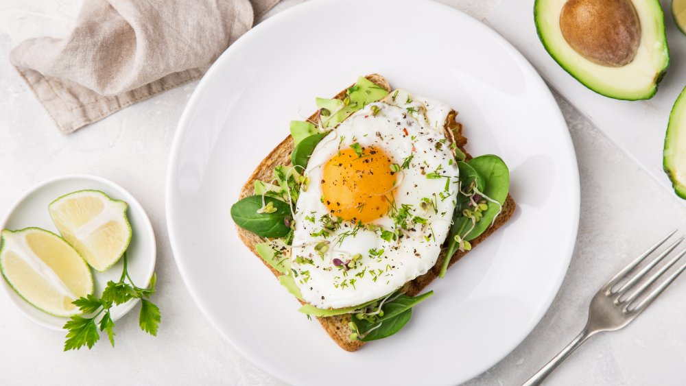 Kendall Jenner typical food: Eggs and avocado on toast
