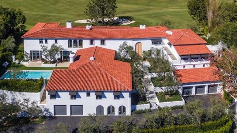 Lori Loughlin and Mossimo Giannulli's mansion