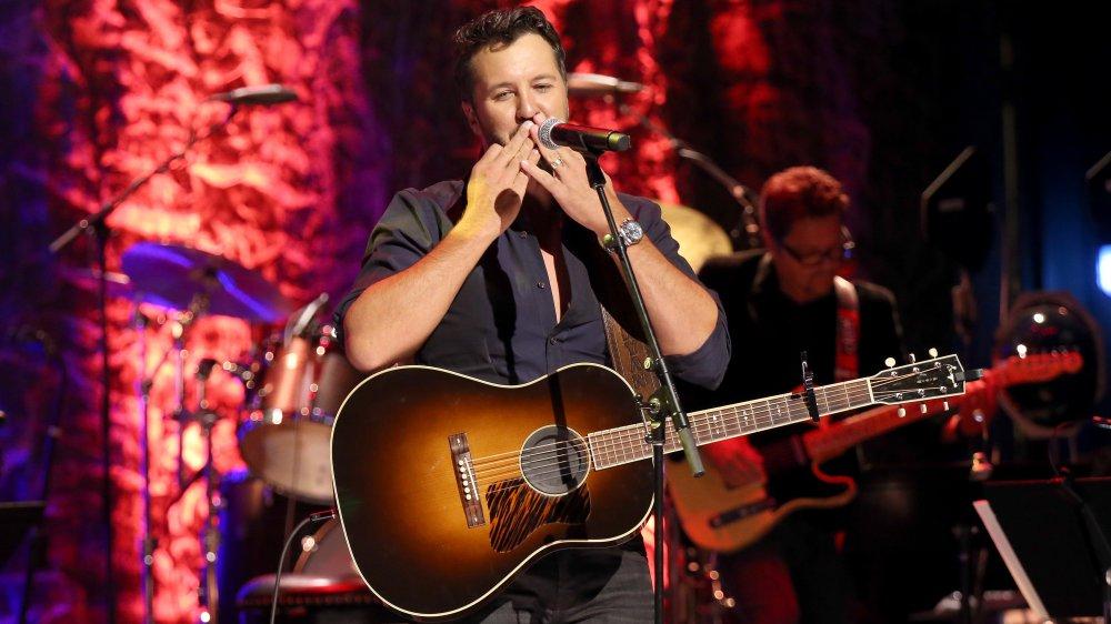 Luke Bryan with guitar