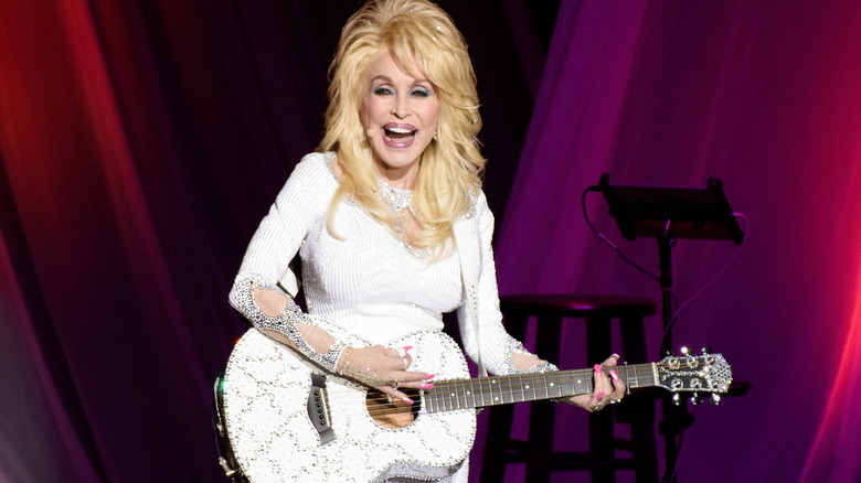 Dolly Parton performs live