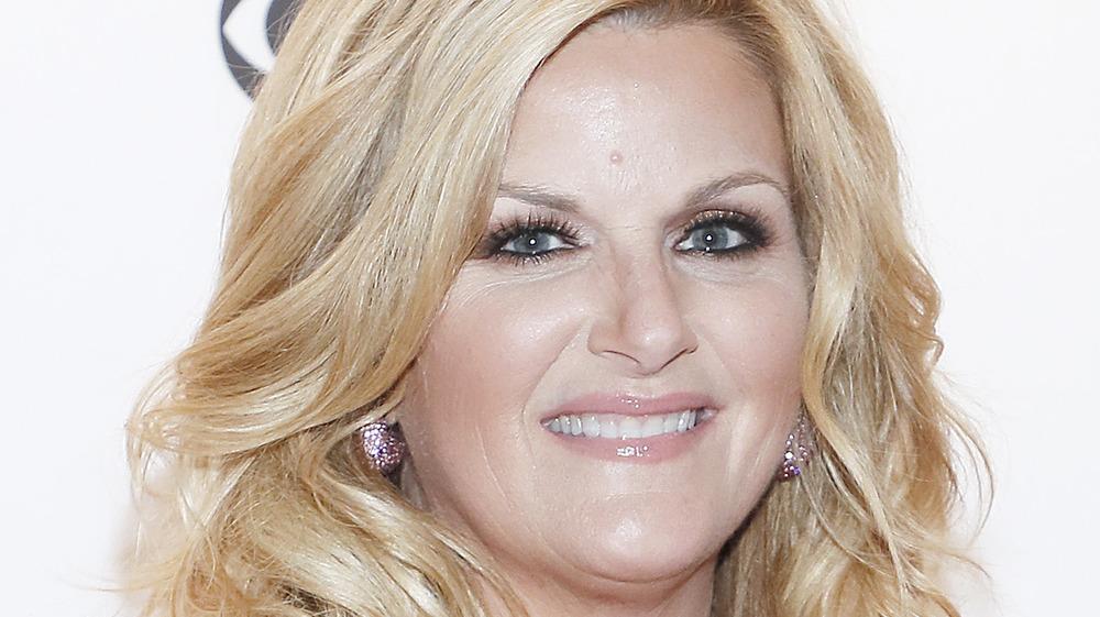 close up of Trisha Yearwood