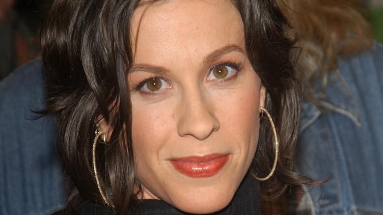 close up of singer Alanis Morissette