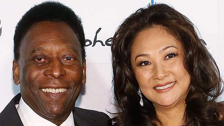 Pelé and Marcia Aoki smiling