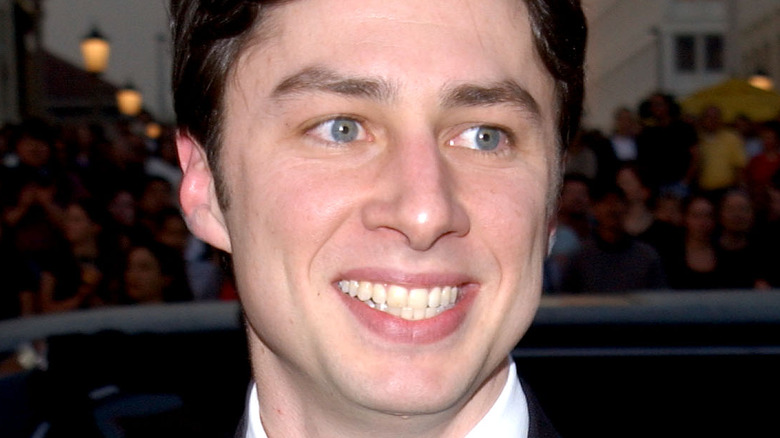 young Zach Braff smiling