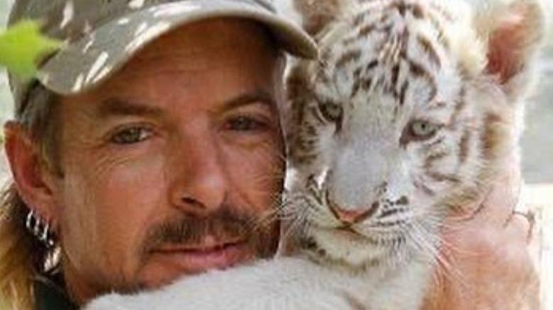 Joe Exotic and white cub