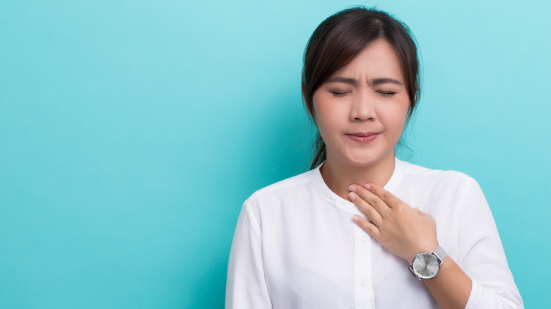 Woman with hoarse voice
