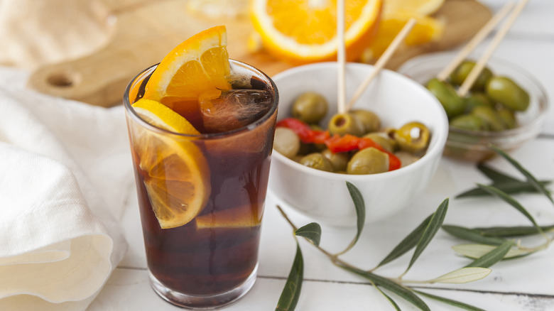 Vermouth with olives as an appetizer