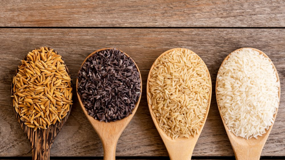 Types of rice available: red, brown, and white