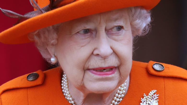 Queen Elizabeth looking to the side