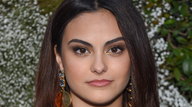 Camila Mendes in a Veronica Lodge-style outfit