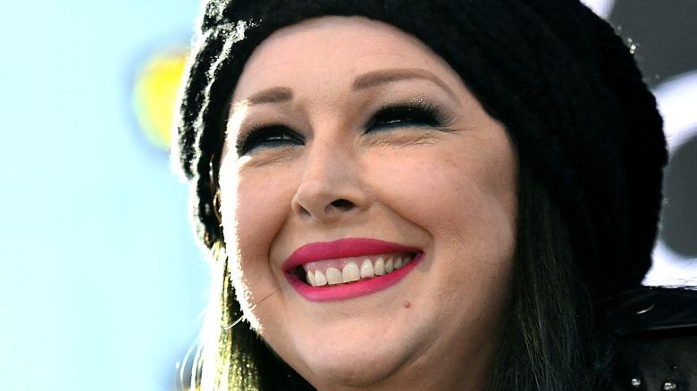 Singer Carnie Wilson smiling