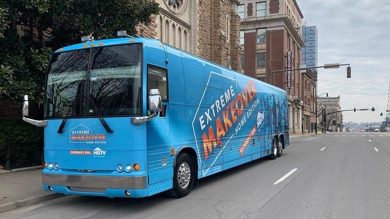 HGTV: Extreme Makeover Home Edition bus