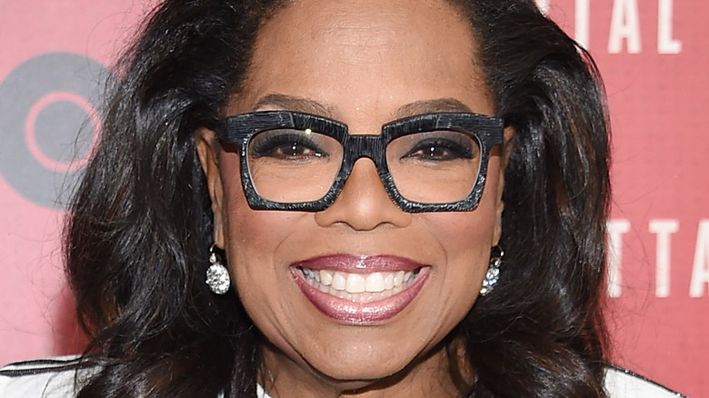 Oprah on the red carpet.