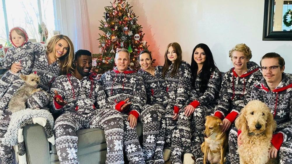 Chrishell Stause and family on Christmas