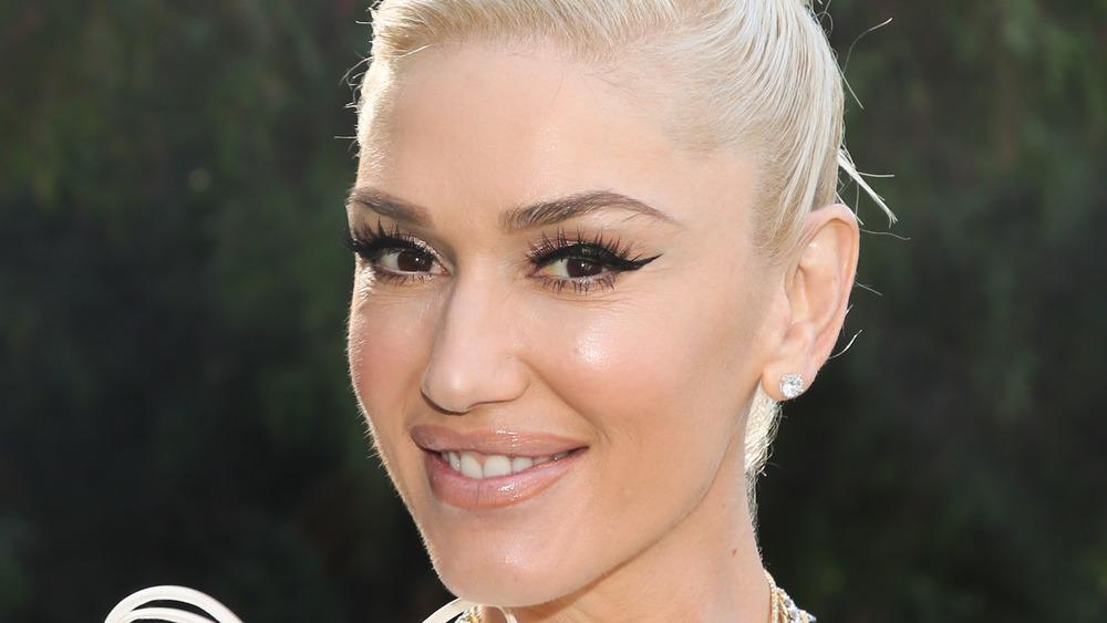 Gwen Stefani eyelashes
