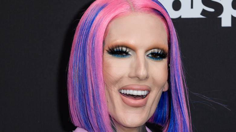 Jeffree Star smiling at an event