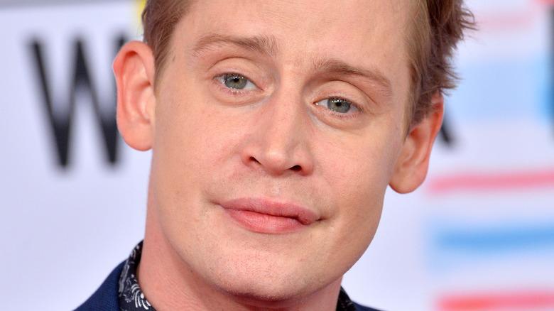 Macaulay Culkin raising an eyebrow