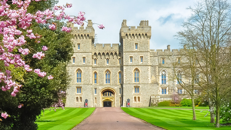 Pathway leading to Windsor Castle