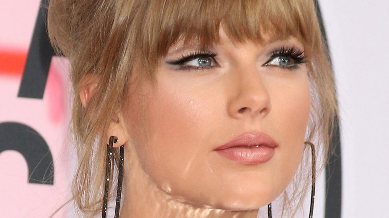 Taylor Swift at event