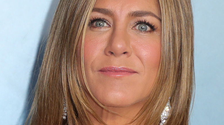 close up of Jennifer Aniston from 2020